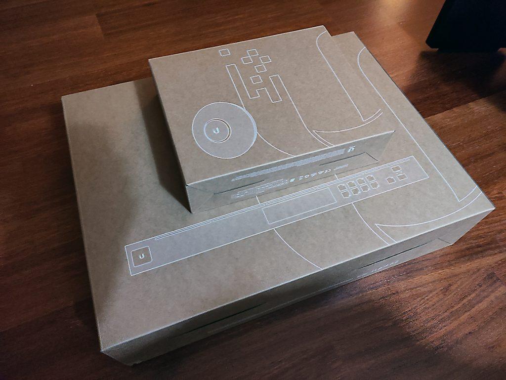 cajas unifi udm-pro y UAC